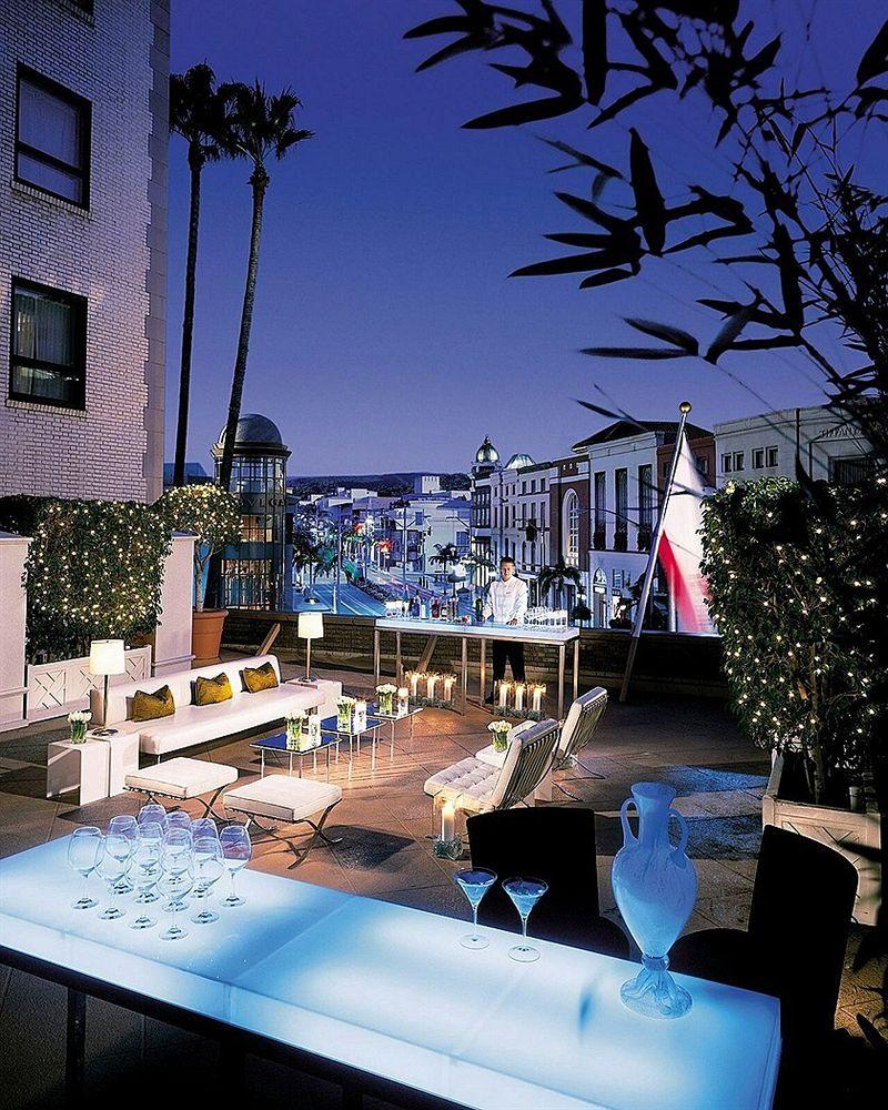 ビバリー・ウィルシャー・ビバリーヒルズ・ア・フォーシーズンズ・ホテル Beverly Wilshire - Beverly Hills, A Four Seasons Hotelのバルコニーからの眺め