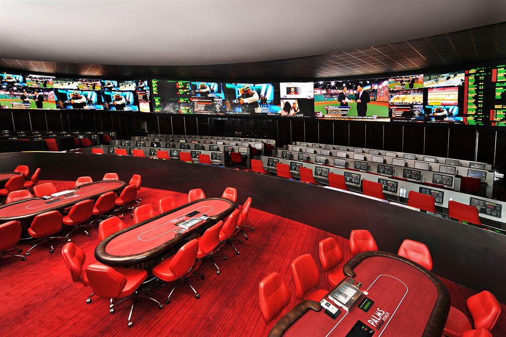 ラスベガスの壮観な景色も眺められる若者に人気の「パームス・カジノ・リゾート」