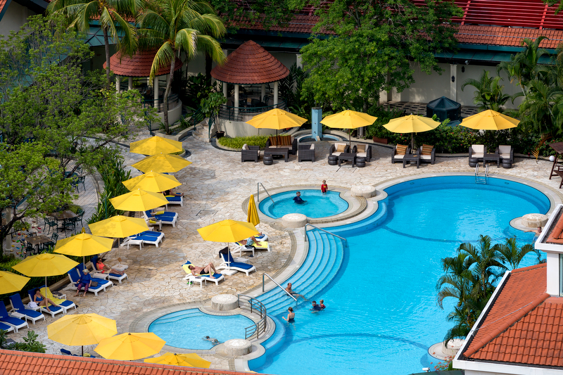ホテル・ジェン・タングリン・シンガポール Hotel Jen Tanglin Singaporeのプール