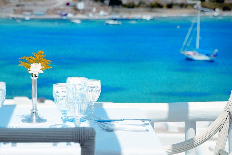 ミコノス島で楽園にいるような時間を満喫できる「キヴォトス・ラグジュアリー・ブティック・ホテル」