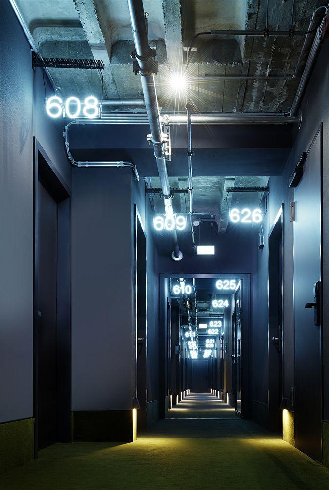 25アワーズ・ホテル・ビキニ・ベルリン 廊下