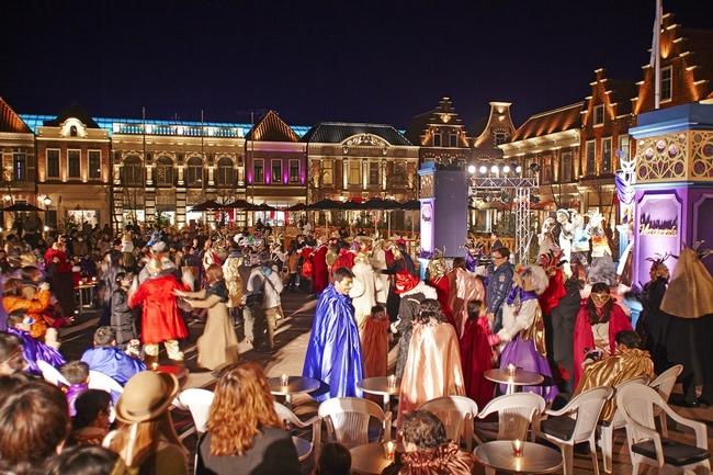 ハウステンボスの「 仮面舞踏会大カーニバル 2015」の風景