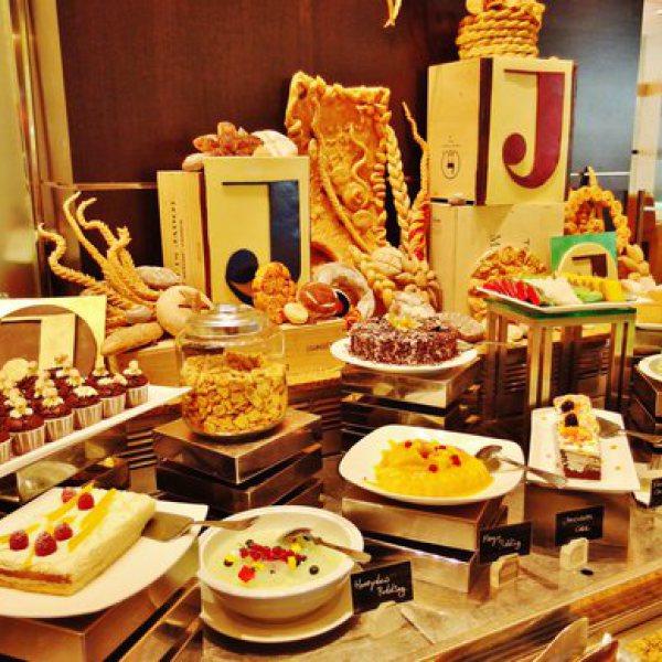 ホテル・ジェン・タングリン・シンガポールのカフェビズのデザート