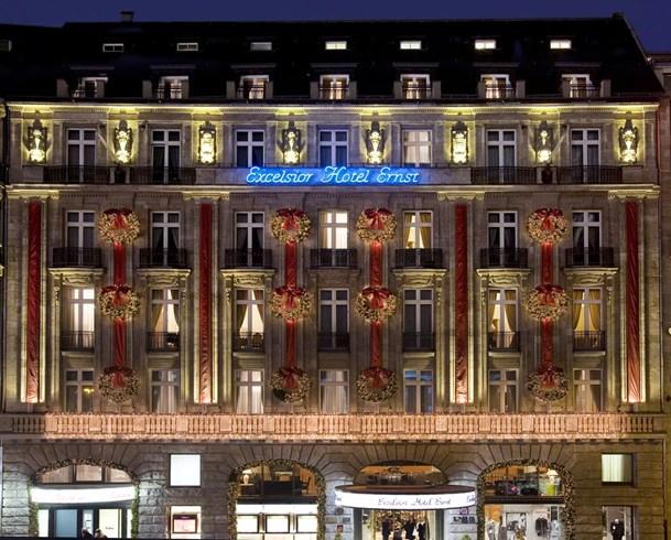 エクセルシオール・ホテル・エルンスト Excelsior Hotel Ernstの外観