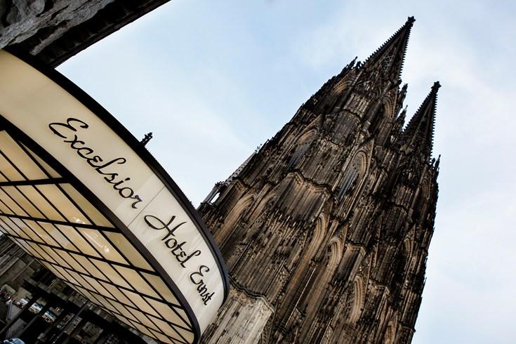 ケルン大聖堂を間近に望む「エクセルシオール・ホテル・エルンスト」