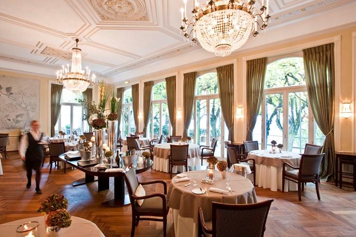 ホテル・ルイス・C. ヤコブ Hotel Louis C. Jacobのレストラン