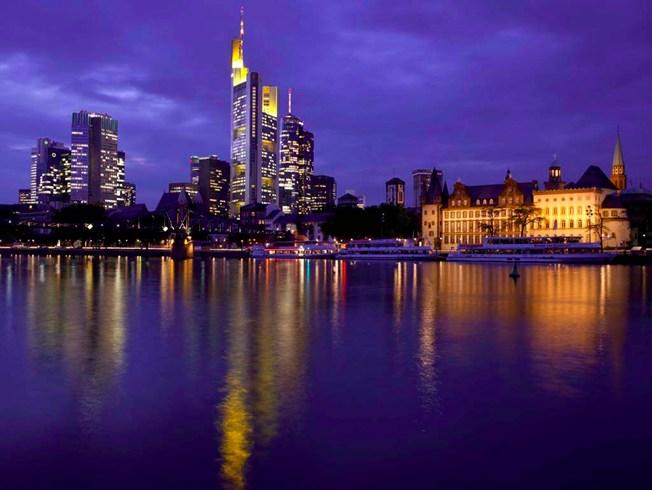 フランクフルトの中心街で優雅に過ごす「ロッコ・フォルテ・ヴィラ・ケネディ」
