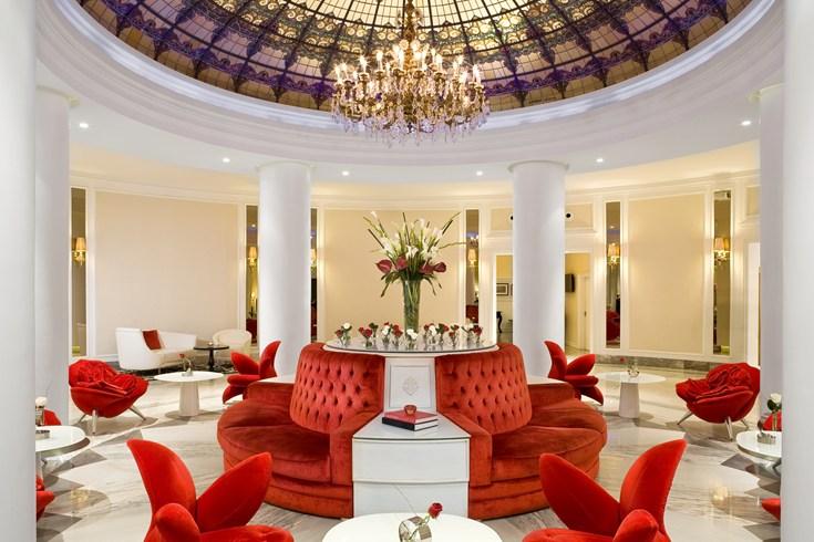 セビリアに建つ情熱の国らしいアーティスティックなホテル「グラン・メリア・コロン」
