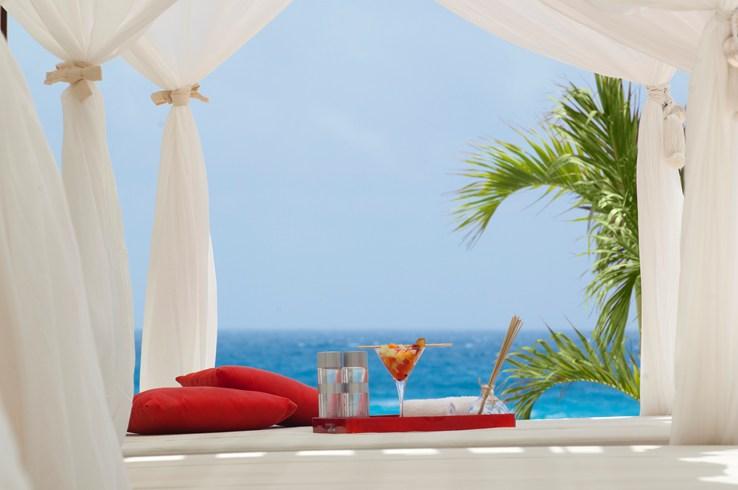 ME・イビサ ME Ibizaからの眺め