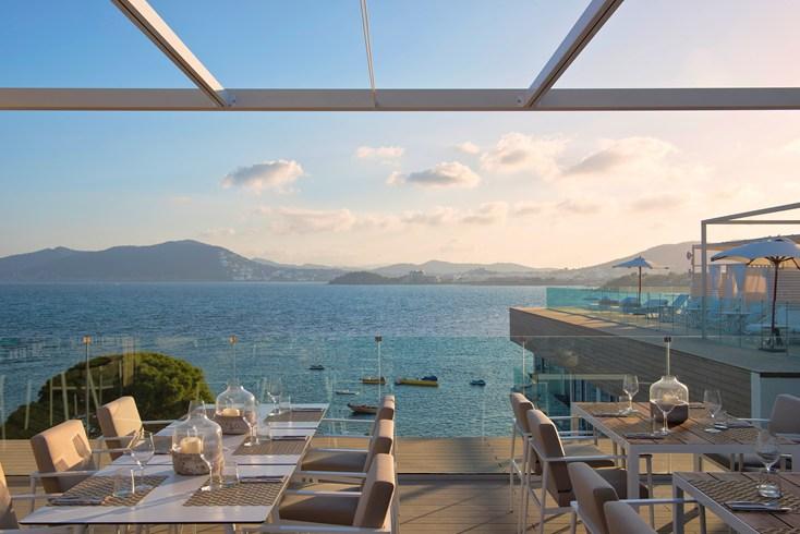 ME・イビサ ME Ibizaのレストラン