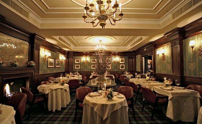 カールトン・ホテル・バリオーニ・ミラノ Carlton Hotel Baglioni Milanのレストラン