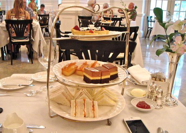 ラッフルズ・ホテル・シンガポール Raffles Hotel Singaporeのティーセット