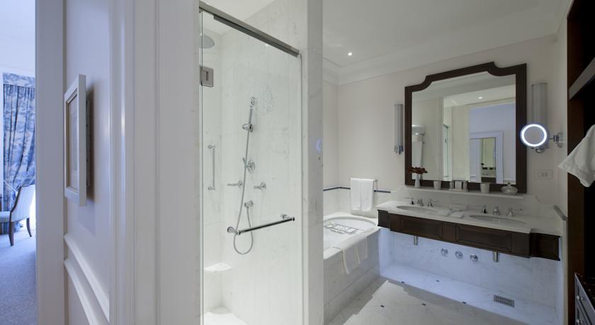 ベルモンド・コパカパーナ・パレス スーペリアルーム バスルーム