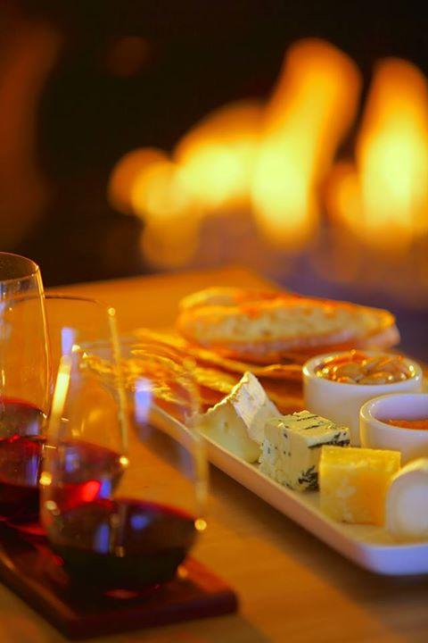 ザ・リッツ・カールトン京都のイタリアンレストラン「ラ・ロカンダ」のチーズとワイン