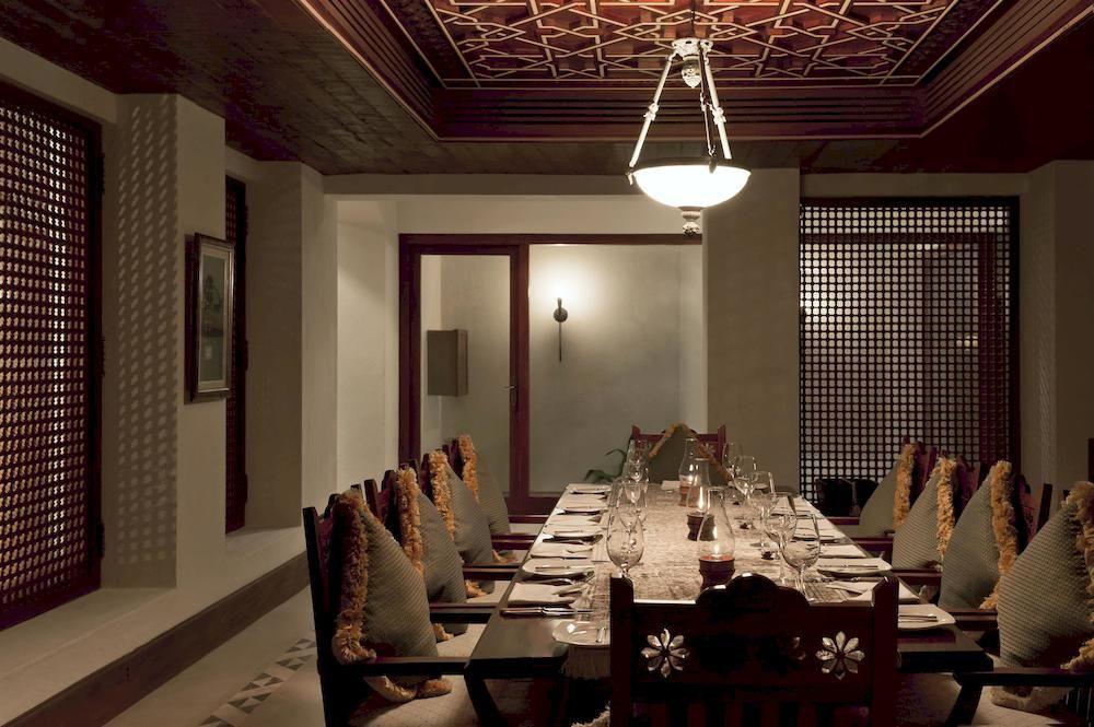 アル・マハ・デザート・リゾート Al Maha, A Luxury Collection Desert Resort and Spaのレストラン