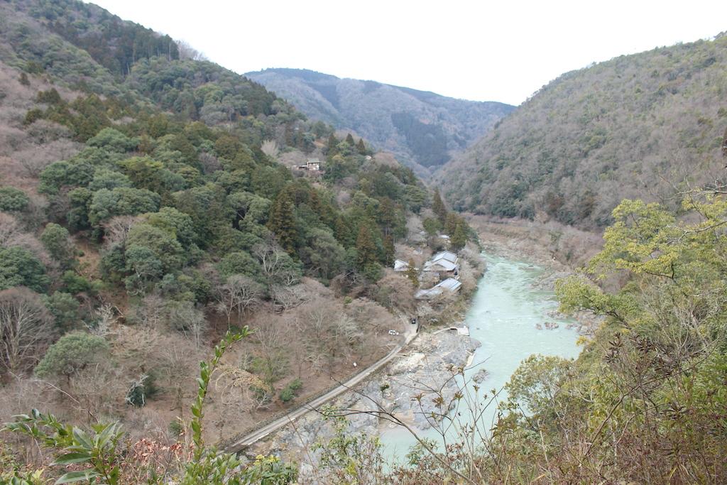 翠嵐 ラグジュアリーコレクションホテル 京都が隣接する嵐山公園の眺望展望台