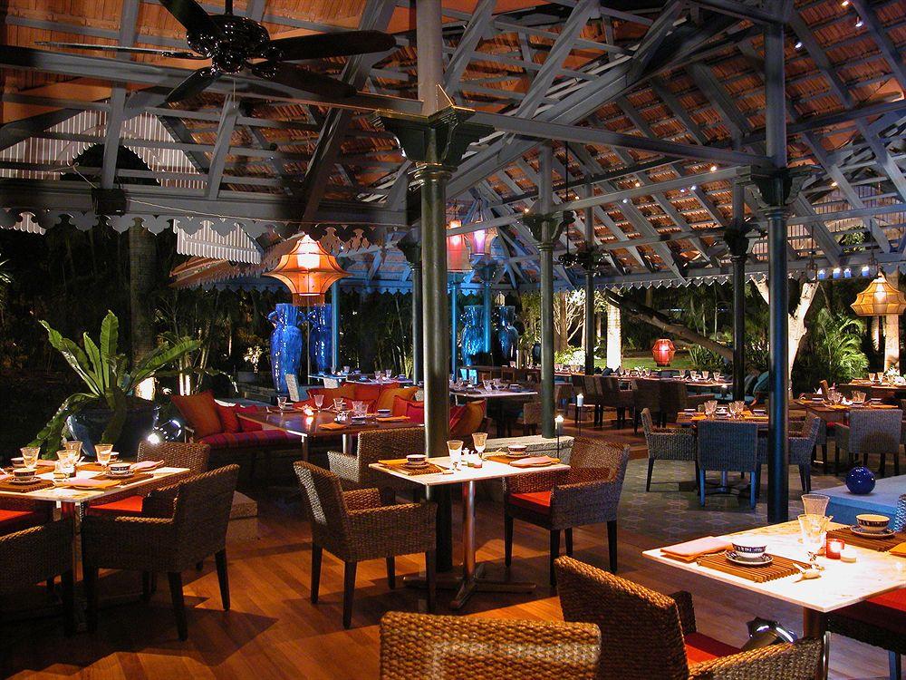 タージ・ウエスト・エンド Taj West Endのレストラン