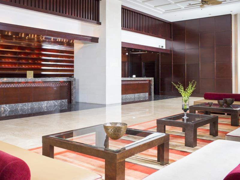 シェラトン・ラグーナ・グアム・リゾート Sheraton Laguna Guam Resortのロビー