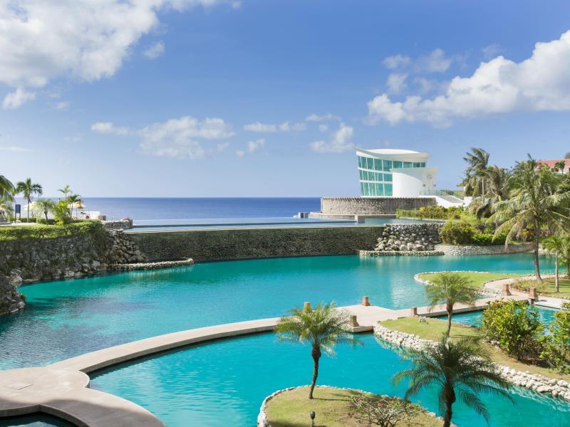 シェラトン・ラグーナ・グアム・リゾート Sheraton Laguna Guam Resortののラグーン