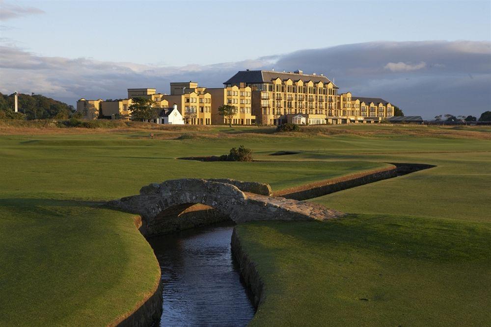 ゴルフの伝統的聖地セントアンドリュースに建つ「オールド・コース・ホテル・ゴルフ・リゾート & スパ」
