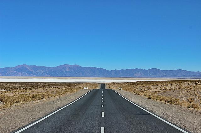 サリーナス・グランデスへの道