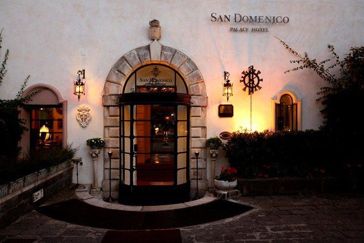 修道院の面影を残しつつゴージャスに生まれ変わった「サン・ドメニコ・パレス・ホテル」