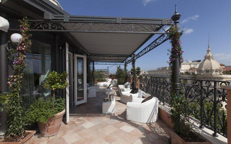王妃マルゲリータに愛された由緒正しき「レジーナ・ホテル・バリオーニ・ローマ」