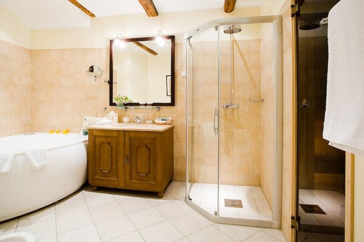 シュロッスル・ホテル Schlössle Hotelのバスルーム