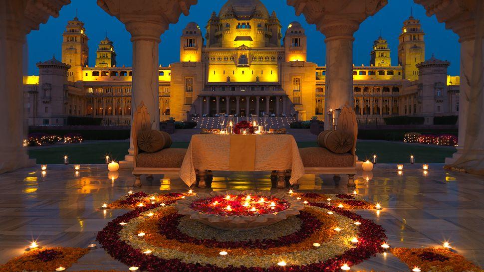 ウメイド・バワン・パレス Umaid Bhawan Palaceの夜の風景