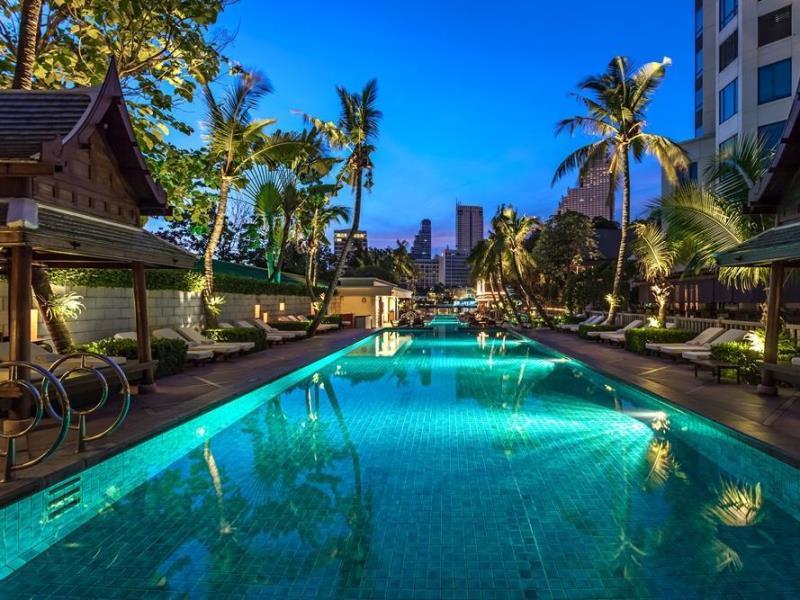 バンコクの熱気を象徴するかのようなホテル「ザ・ペニンシュラ・バンコク」