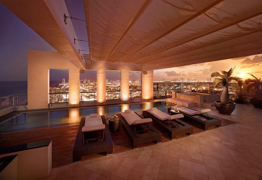 マイアミに建つモダンな贅沢さで知られる5つ星リゾートホテル「ザ・セタイ」