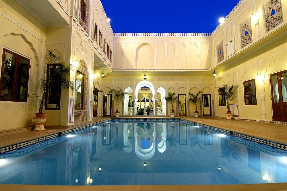 ザ・ラージ・パレス The Raj Palaceのプール