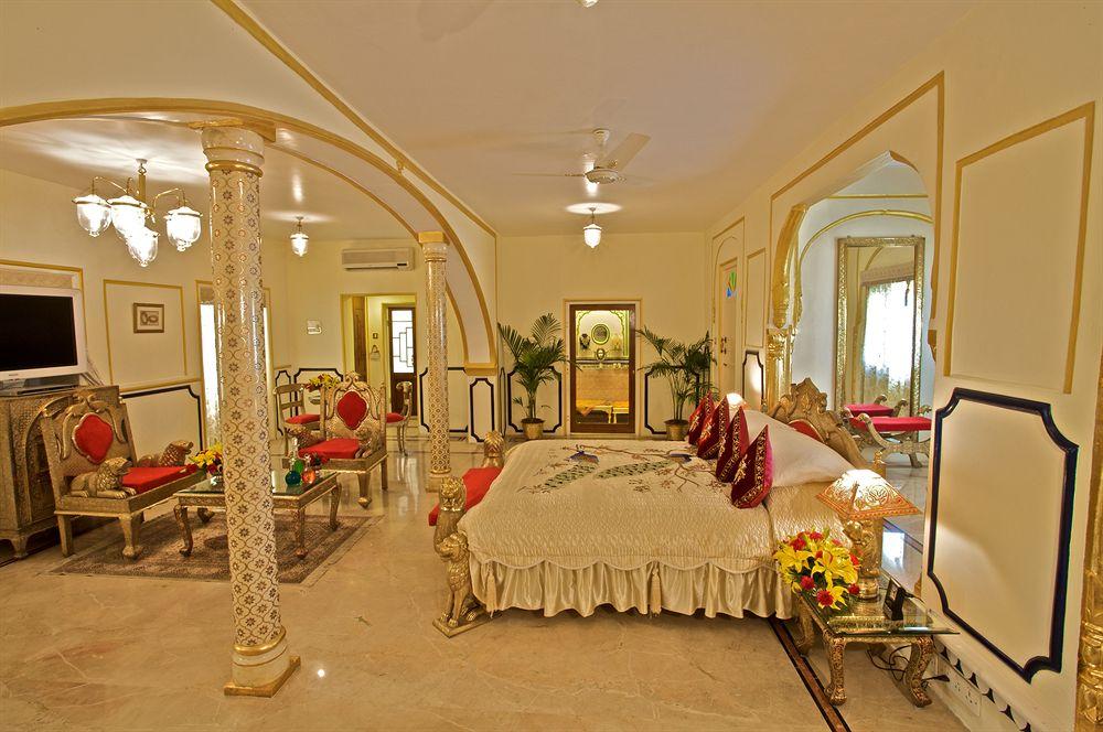 ザ・ラージ・パレス The Raj Palaceの客室