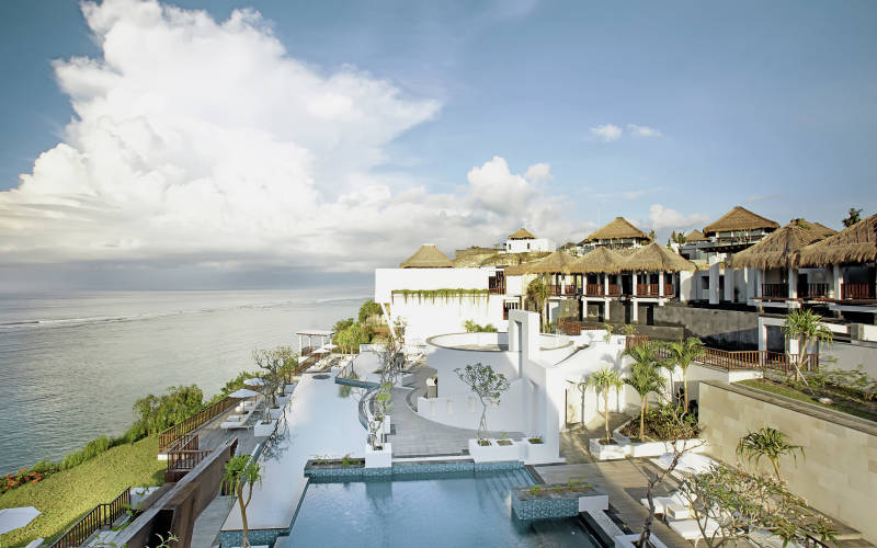 サマベ・バリ・スイート&ヴィラ Samabe Bali Suites & Villasの外観
