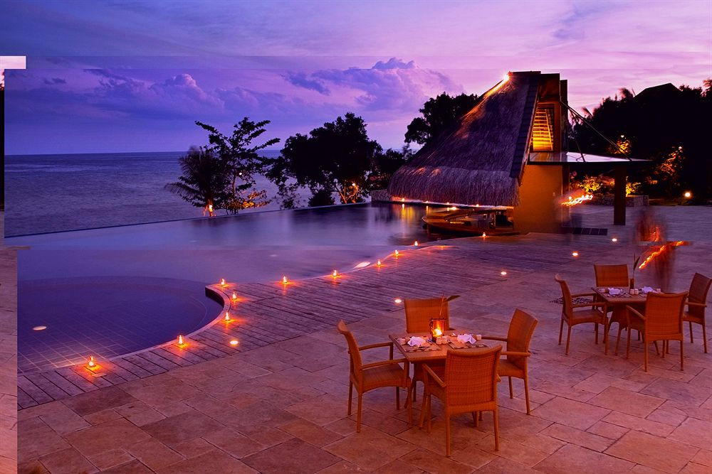 エスカヤ・ビーチ・リゾート・アンド・スパ Eskaya Beach Resort and Spaの夕方の風景
