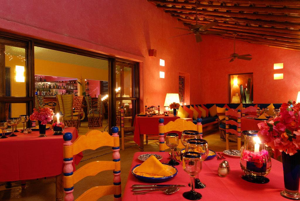 ラス・アラマンダス Las Alamandasのレストラン