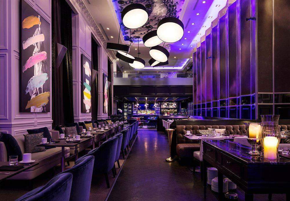 トランプ・インターナショナル・ホテル&タワー・トロント Trump International Hotel & Tower Torontoのレストラン