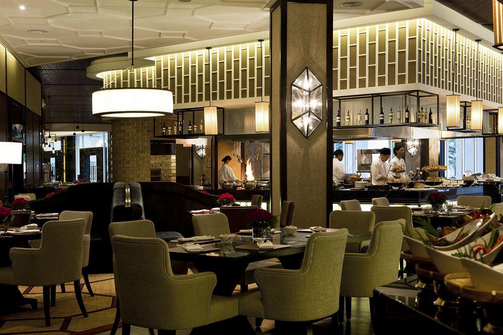 ザ・マジェスティック・ホテル The Majestic Hotel Kuala Lumpurのレストラン