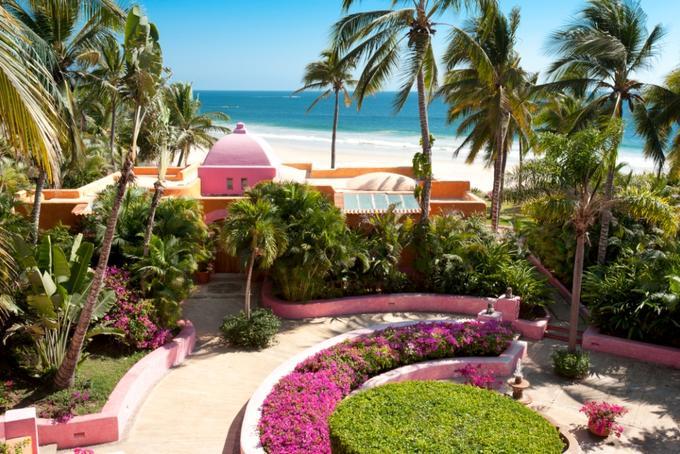 メキシコ・ケマロの隠れ家的リゾート「ラス・アラマンダス」で雄大な太平洋の絶景を独り占め