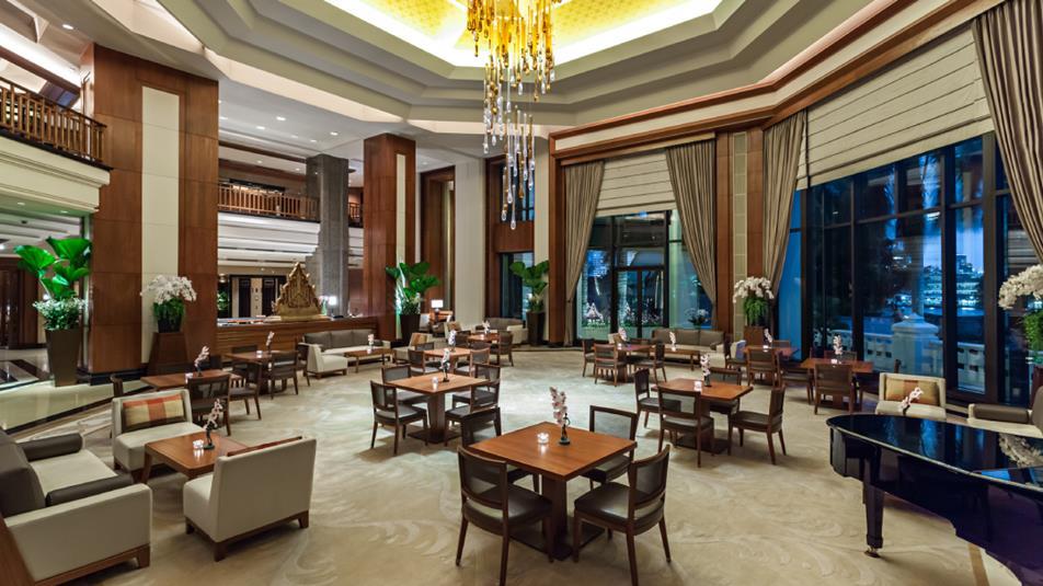ザ・ペニンシュラ・バンコク Peninsula Bangkok Hotelのロビー