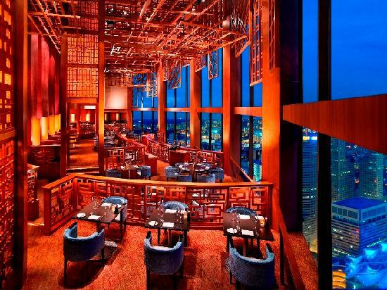 スイソテル スタンフォード シンガポール  Swissotel The Stamfordのエクイノックス
