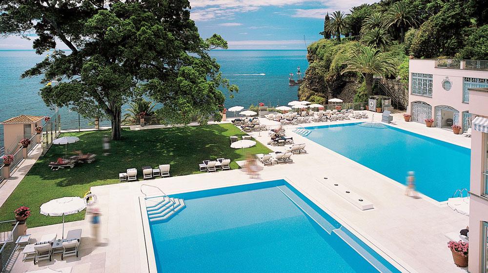ポルトガル・マデイラ島の美しさを堪能することができる「ベルモンド・リーズ・パレス」