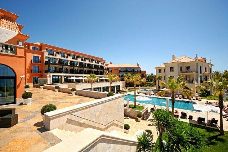 グランデ・レアル・ヴィラ・ホテル・アンド・スパ Grande Real Villa Italia Hotel & Spaの外観