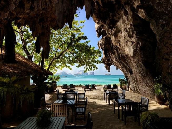 ラヤヴァディ Rayavadeeの洞窟レストラン
