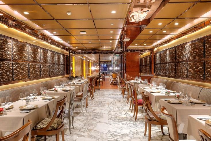 ザ・レヴェリー・サイゴン The Reverie Saigonのレストラン