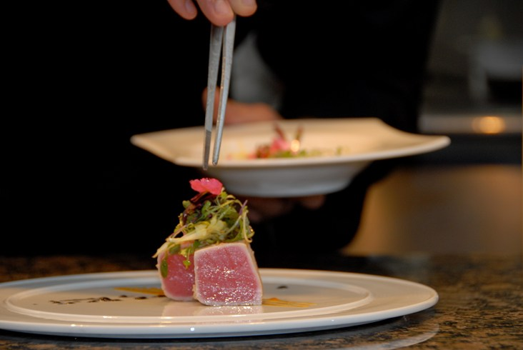 ザ・ロイヤル・ハイダウェイ・プラヤカール The Royal Hideaway Playacarのレストランの食事