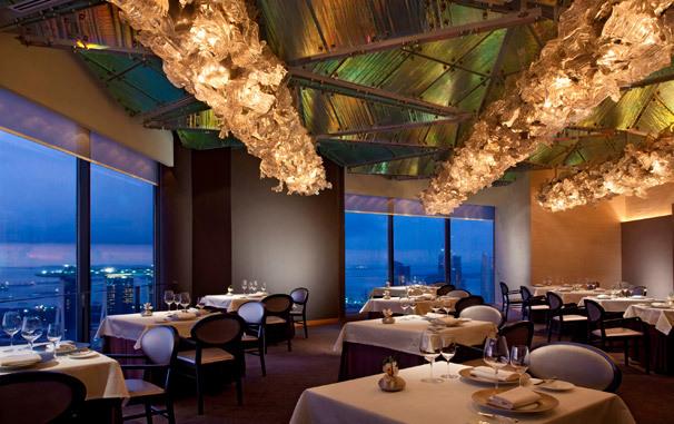 スイソテル スタンフォード シンガポール  Swissotel The Stamfordのジャーン