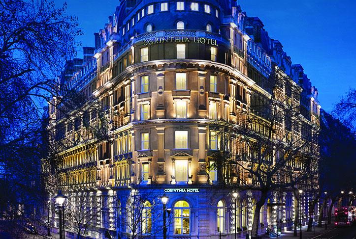 歴史を誇る聖地トラファルガー広場の側に建つ「コリンシア・ホテル・ロンドン」