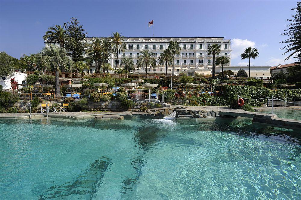 地中海のパノラマビューを楽しめるサンレモのリビエラに建つ「ロイヤル・ホテル・サンレモ」