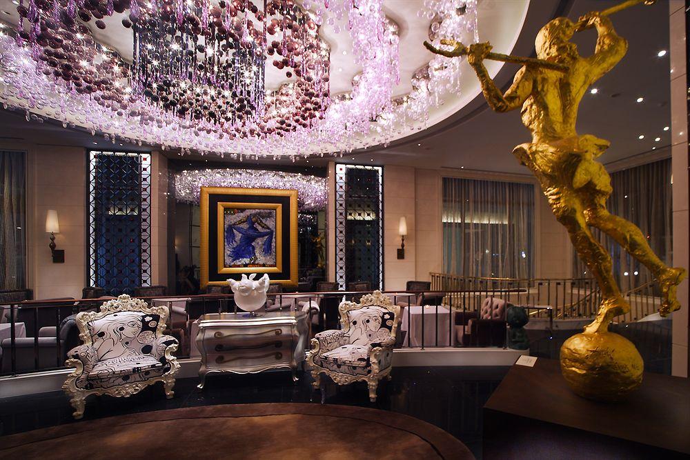 モダンアートと輝きにあふれた滞在を楽しむ「ホテル・エクラット・台北」
